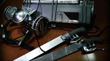 日本技术宅打造《进击的巨人》立体机动装置