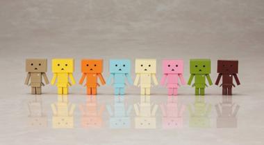 《四叶妹妹》推出八款口味色系阿楞迷你模型